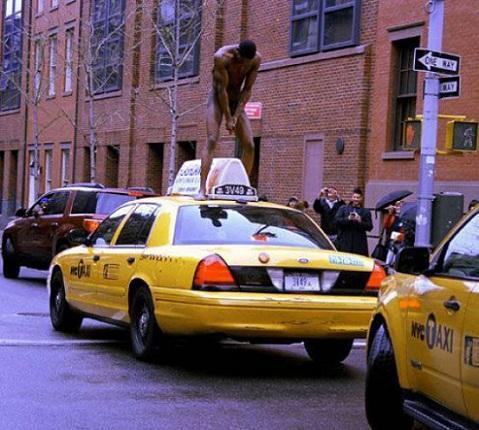 Taxi nude
