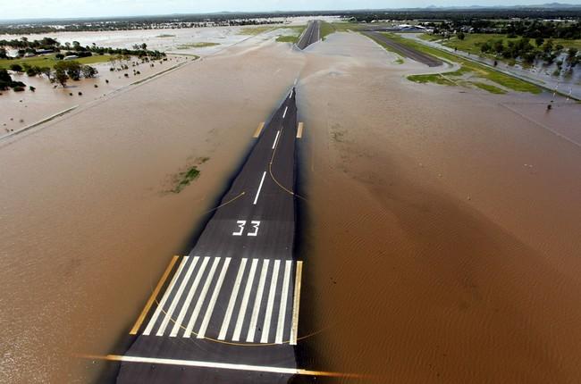 Airport flood