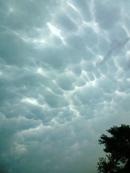 Clouds bob1