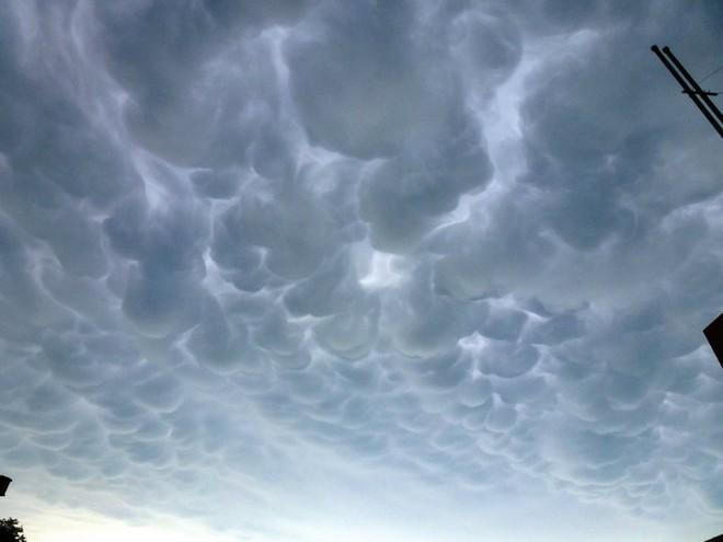 Clouds bob3